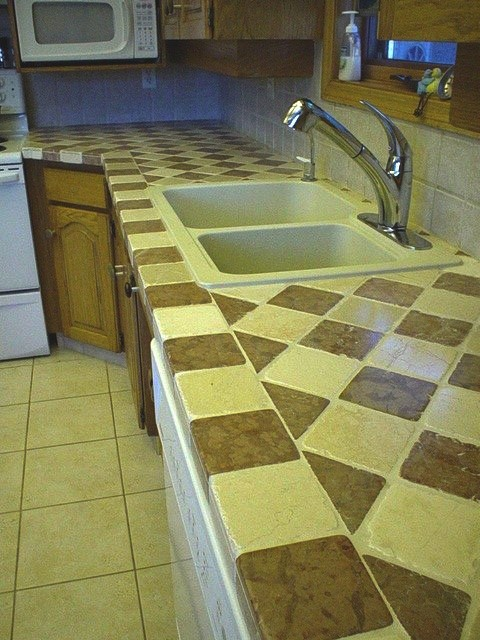 tumbled marble countertop
