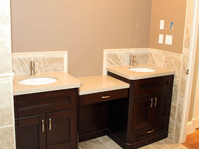 caesarstone countertop with backsplash - Bathroom Cabinets Kelowna