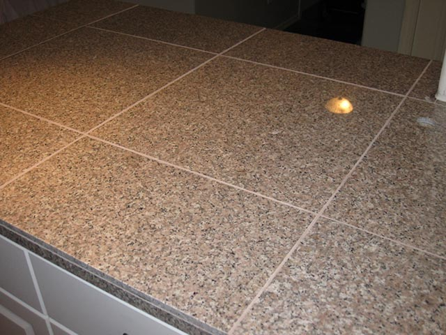 8. 18X18 POLISHED GRANITE KITCHEN COUNTER TILES